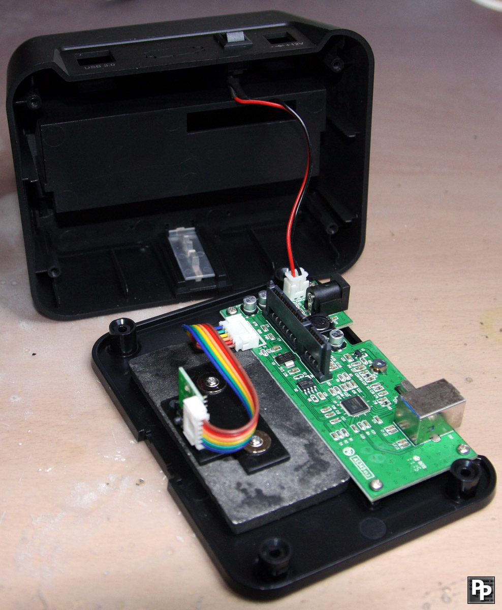 Offtopic 2 Sharkoon Sata Quickport Xt Usb30 And Its On Off Switch Usb 3 Cable Wiring Internals Of The Docking Station Incl Connection